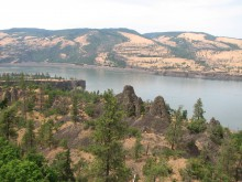 Mosier Tunnels Trail views